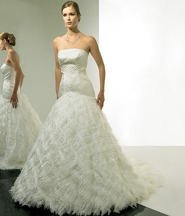 Basque Wedding Dresses 33