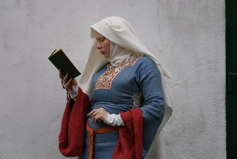 158198e7e8c A Medieval Wedding