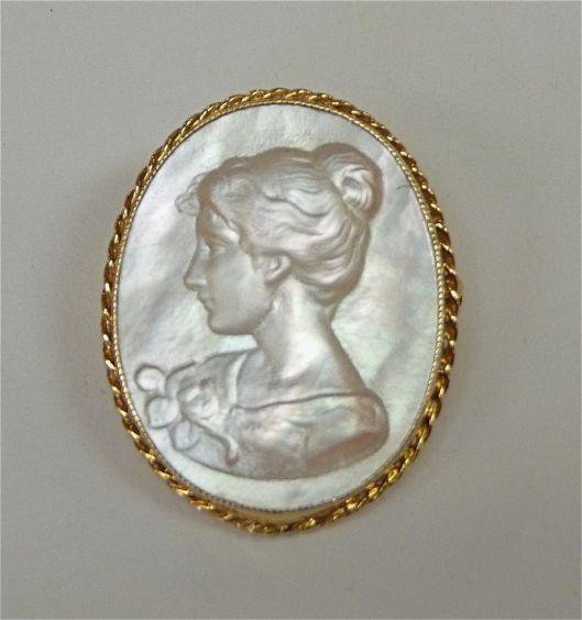 http://www.rubylane.com/item/501985-01ppmopcm/Elegant-Vintage-14k-Mother-Pearl