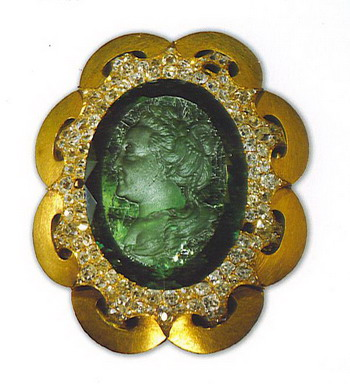 http://www.internetstones.com/some-emerald-jewelry-that-once-belonged-to-catherine-the-great.html