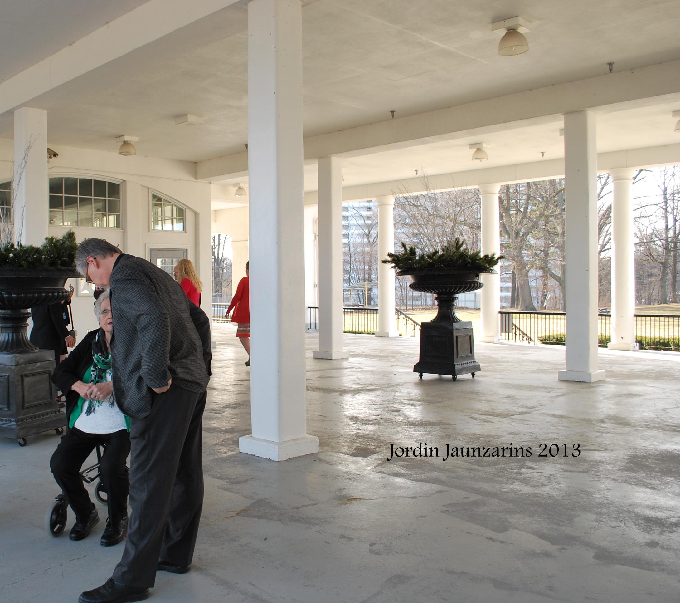 A Wedding At Geraldo's, La Salle Park
