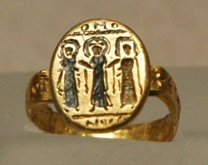 A 7th century wedding ring from the Byzantine (modern day Turkey) Empire showing Jesus and the bridal couple. Souce: www.wikipedia.org